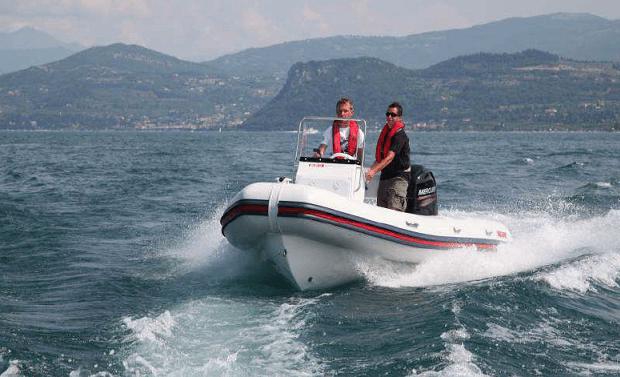 סירת דייג VALIANT-580 SPORT