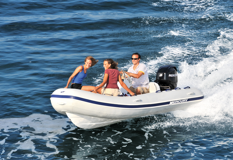 סירת דייג ספורטיבית Mercury Boats-Ocean Runner 460