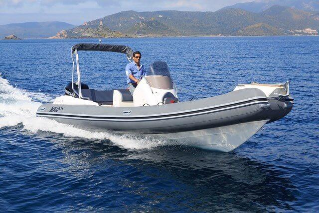 סירת ספורט Black Fin-Elegance 7