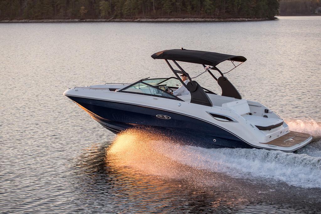 סירת סקי SEARAY 250SDX