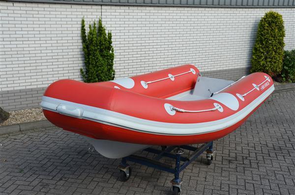 סירות חצי קשיחות OP